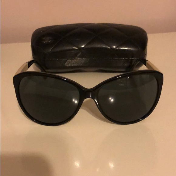 c87a51c56759b CHANEL Accessories -    AUTHENTIC    Chanel Cat Eye Sunglasses